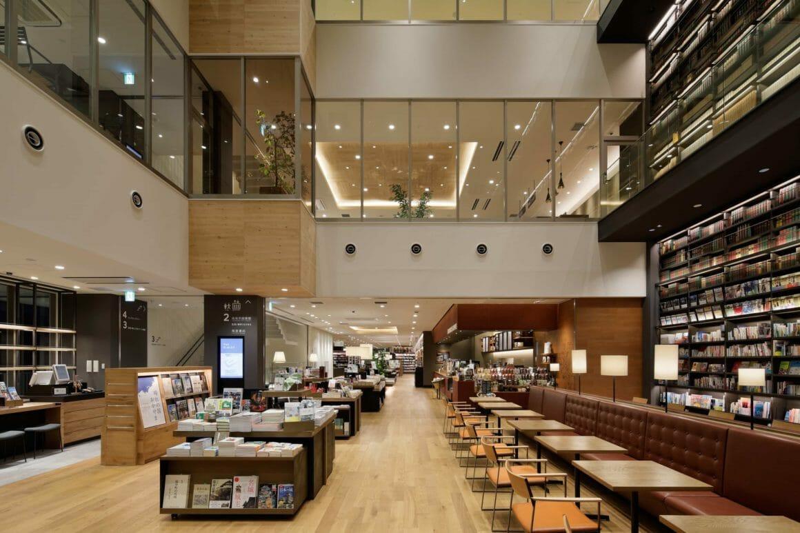 ญี่ปุ่นทวนกระแส เปิดทางเอกชนยกเครื่องห้องสมุด หลอมรวมกับร้านหนังสือ