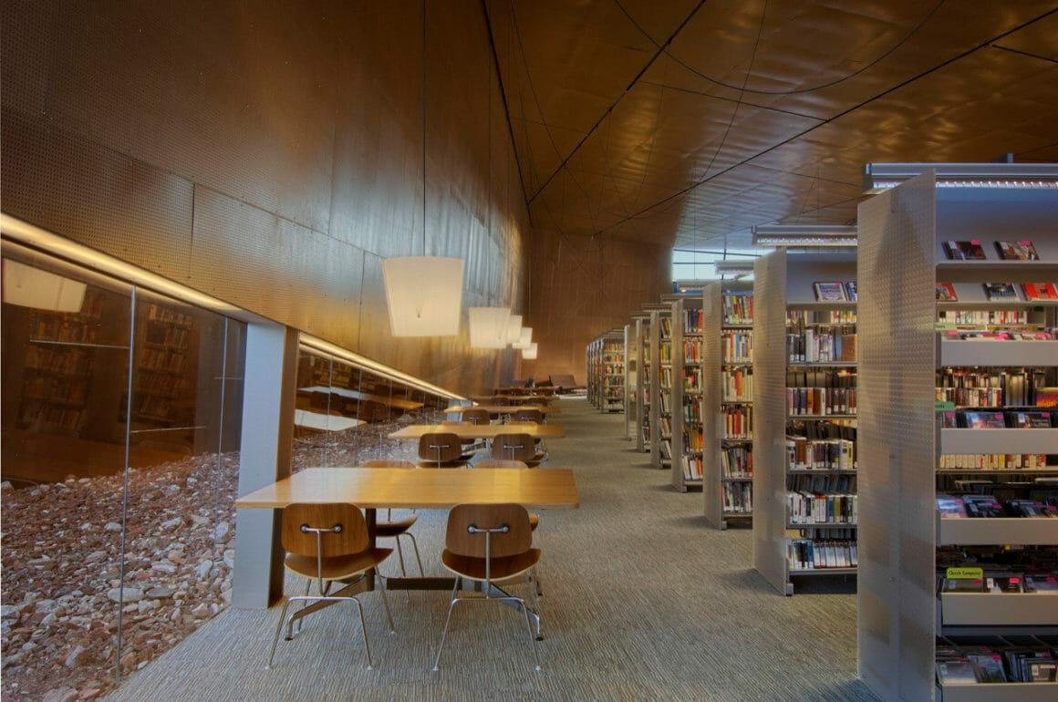ห้องสมุดอาราเบียน (Arabian Library) แอริโซนา, สหรัฐอเมริกา